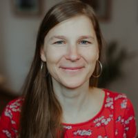 Stephanie Queschning